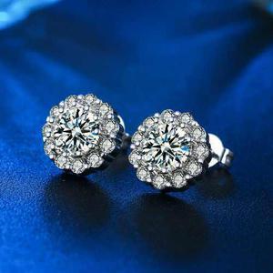 Aretes De Zirconia Calidad Diamante Con Platino.
