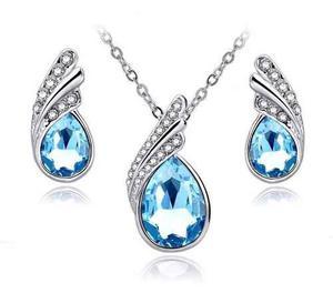 Aretes Y Collar Con Cristales Swarovsk Caja Regalo