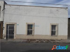 Casa en venta Zona Centro Por la Quinta Gameros