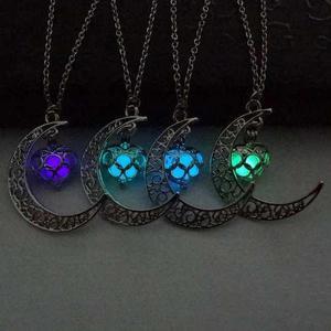 Collar Luna Corazón Brilla En Oscuridad Fluorescente
