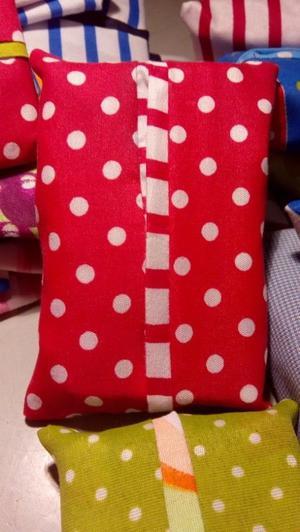 Funda de tela coqueta para Kleenex de bolsillo para tus