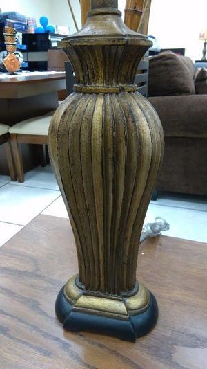 LAMPARA Egyptian Column MODELO