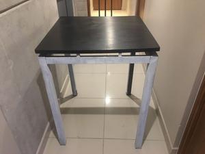 Mesa periquera para bar nueva