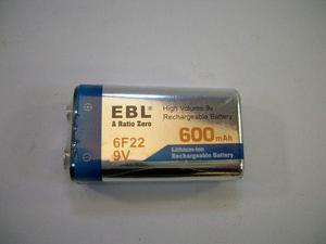 1 Pila O Batería Recargable De 9v 600 Mah + Cargador