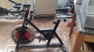 Bicicleta para hacer ejercicio