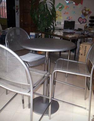 Juego de mesa y sillas para jardín o negocio