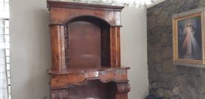 Mueble de Caoba y Chapa de Raíz