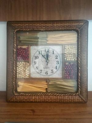 Reloj de Pared de Madera Quartz New Century  / Vintage