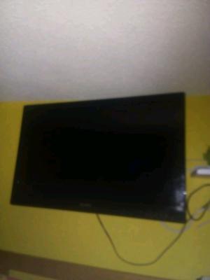Se vende televisión Sony de 32 pulgadas LCD