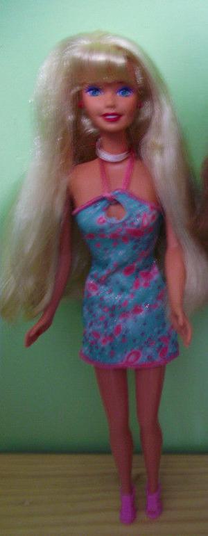 barbie nuevas sin caja, entrego en el metro