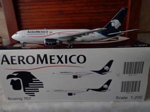 Avion Boeing 767-200 Aeromexico Escala 1:200 Marca Jc Wings