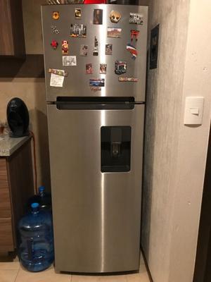 Refrigerador whirpool 14 pies cúbicos gris acero