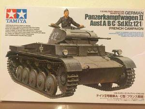 Tanque Tamiya Panzer Kampwagen Ii Ausf A/b/c Esc 1:35 Nuevo