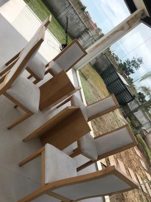 Vendo comedor 6 sillas usado madera 100% maple