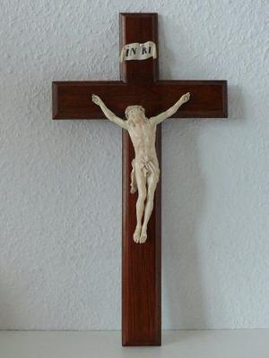 Antigua Talla Cristo Alemán Labrado En Cruz De Madera