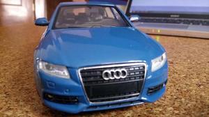 Audi A4 Saloon 2008 Esc. 1:24