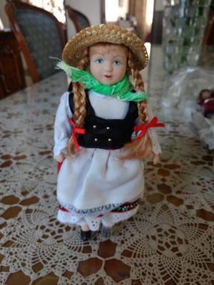Hermosas muñecas de porcelana Articuladas, origen Europeo