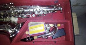 Saxofon COUESNON&CIA con Estuche y accesorios OFERTA  de