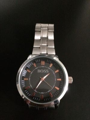 Reloj de acero nuevo en $200 pesos
