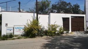 Bonita casa por el Rosario muy cerca de la URSE