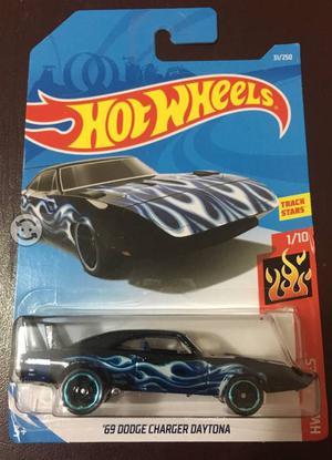 69 Dodge Charger Daytona Hot Wheels
