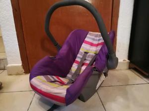 Sillita porta bebes morada con colores para bebes