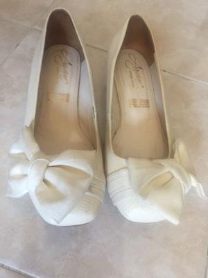 Zapatos Niña Talla 4 Color Beige