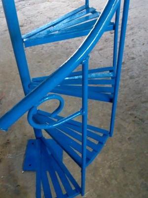 Escalera de caracol 85 cm diámetro