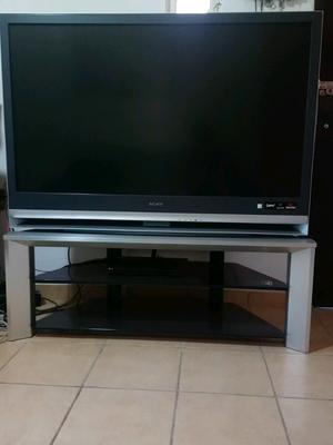 Vendo televisor sony bravía de 55 pulgadas funcionando al
