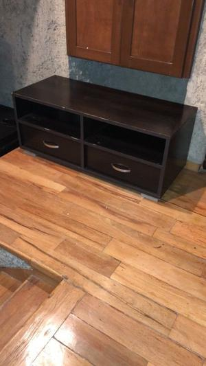 VENDO MUEBLE DE MADERA COLOR CHOCOLATE