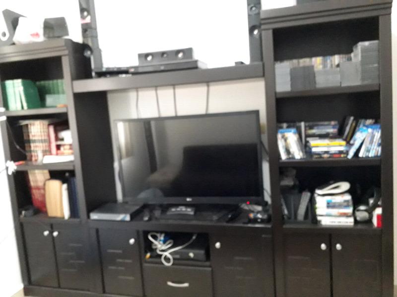 Vendo mueble para TV - librero