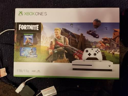 Xbox One S 1tb 2 Controles Costo 5mil Remate Navidad