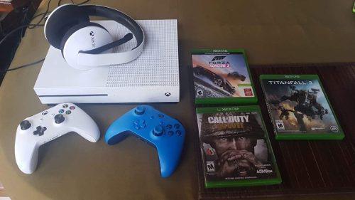 Xbox One S 1tb| 2 Controles, Headset Y 3 Juegos Físicos