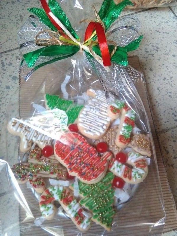 macetas y canastas de galletas navideñas