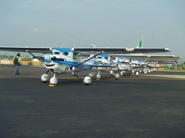 Aeronautica Vitar Cursos Para Pilotos, Sobrecargo,