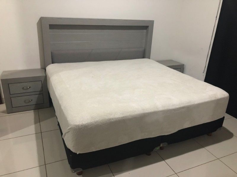 Cama King Size Colchón SpringAir Sleep Fitness con Base