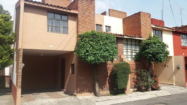 Casa Amueblada En Renta,Toluca, Calle Ceboruco, 3 Recamaras