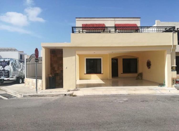 Casa en ESQUINA en venta,GRAN SANTA FE, 4