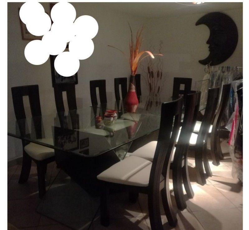 Comedor de madera con cristal 10 sillas