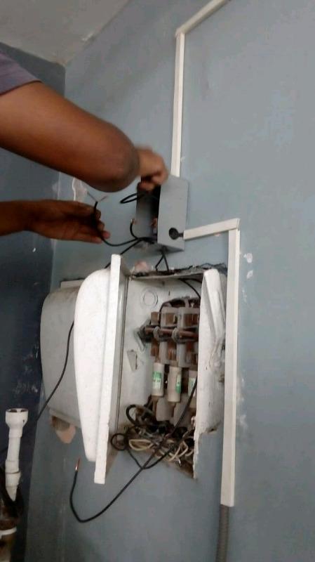 Electrico reparaciones urgentes las 24 horas!!