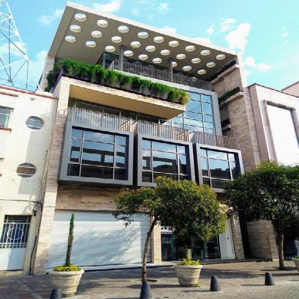 HURBAN RENTA oficinas modernas en el centro. /