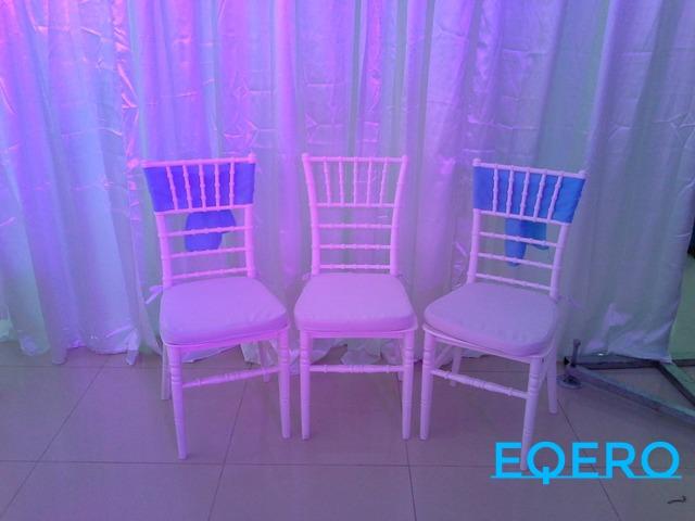 Renta: sillas Tiffany y Plegables