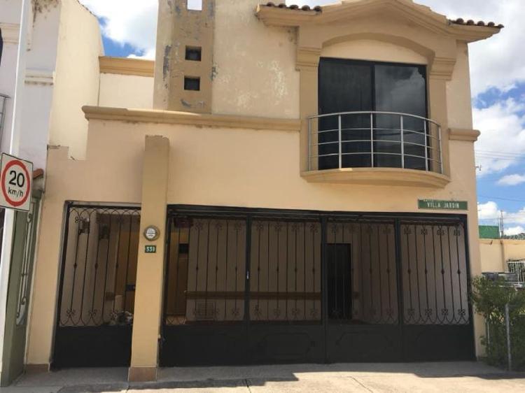 Se Renta casa Amueblada en Quinta VIllas-Privada