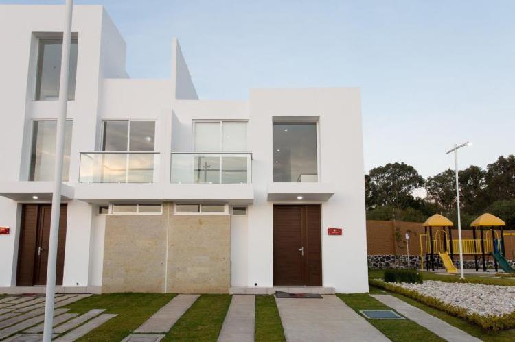 Venta casa con 3 recamaras en Lomas de Angelopolis Parque