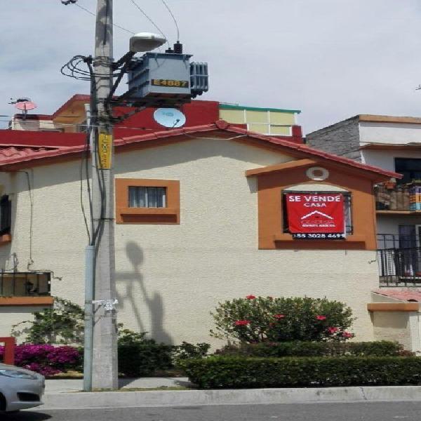 Venta de Casa en Villas del Real, Tecamac, 2 recamaras,