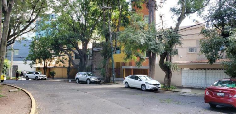 Excelente casa en venta recién remodelada en Coyoacán