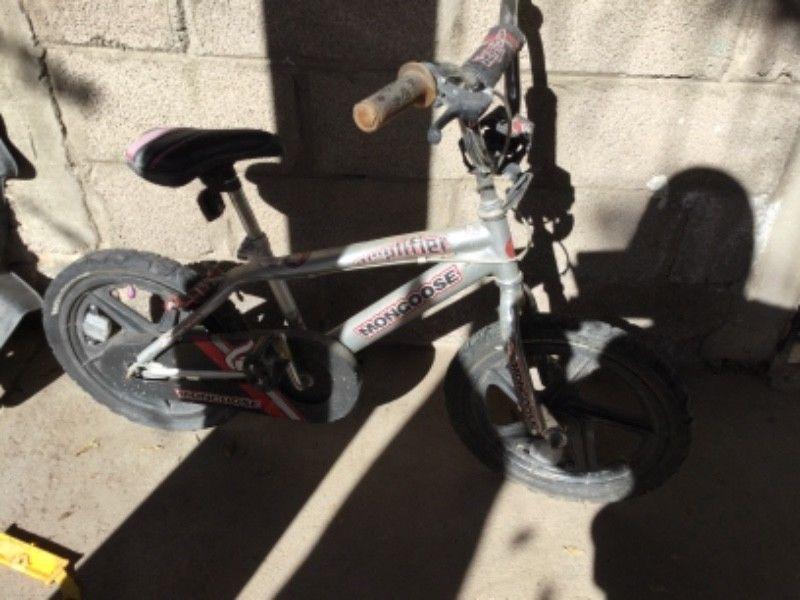 Bicicleta Mongoose chica