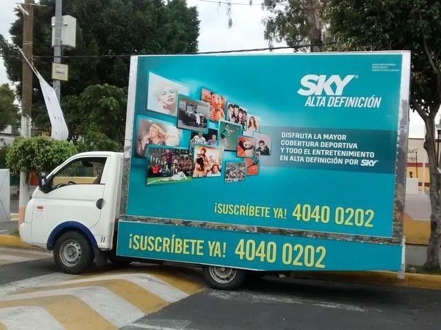 Valla Moviles en Guadalajara y activaciones BLT