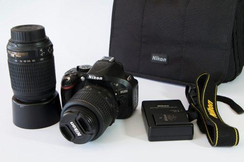Cámara Dslr Nikon D Cmos Digital Slr Con  Y