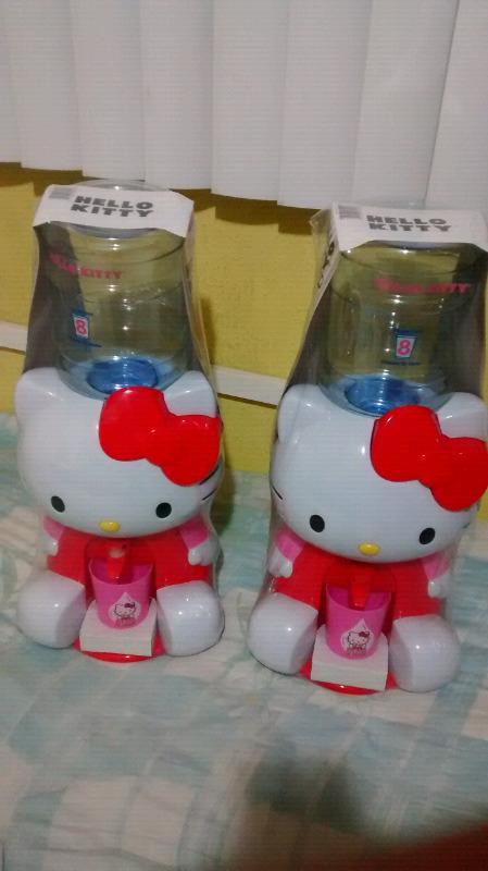Garrafita de Hello Kitty despachador de agua